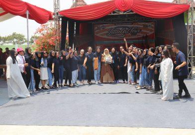Memperingati Bulan Bahasa dan Gerakan Literasi di SMKN 1 Anjatan